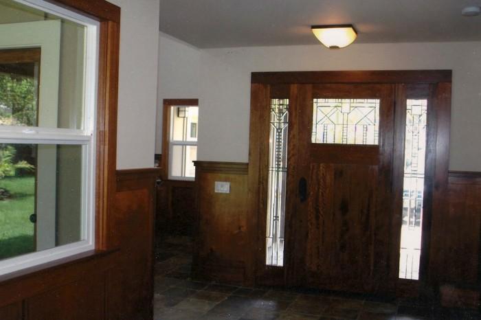 Entry_inside